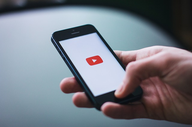 how much do youtube pay per view